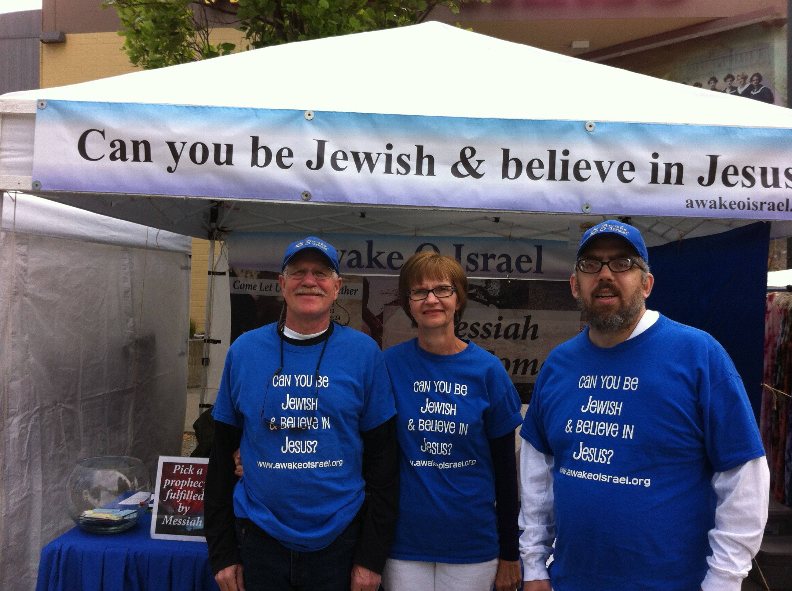 University Fair: Awake O Israel Jewish Ministries Campaign in Seattle!