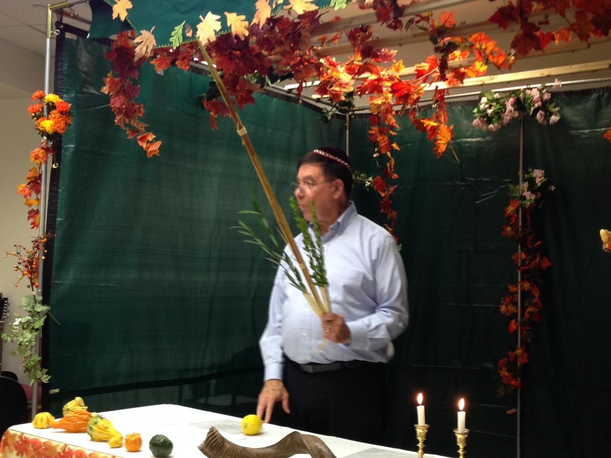 Attached Image: Abe at Sukkot.jpg